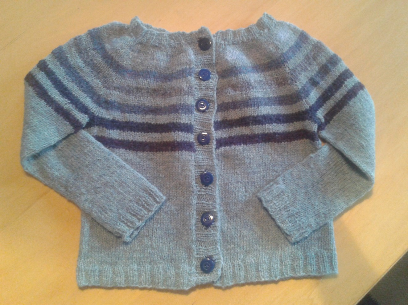 En lille restetrøje til bonus-barnebarnet